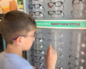 The 4 Steps to wash Eyeglasses Everybody Should Follow